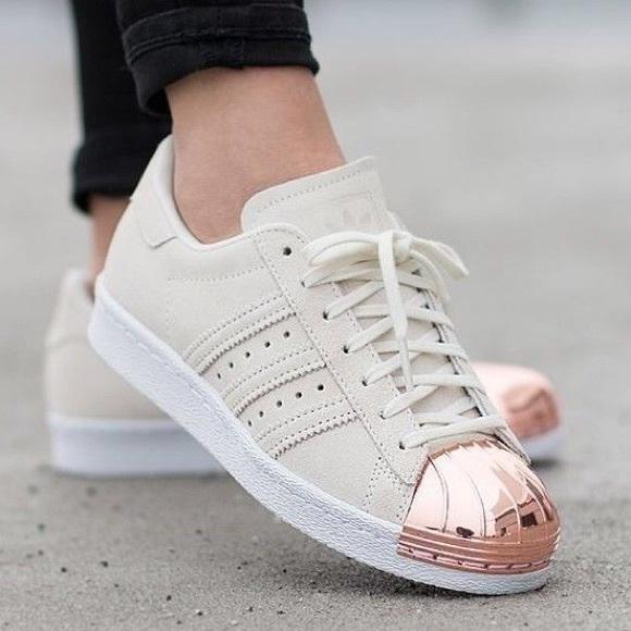 Adidas rose beige